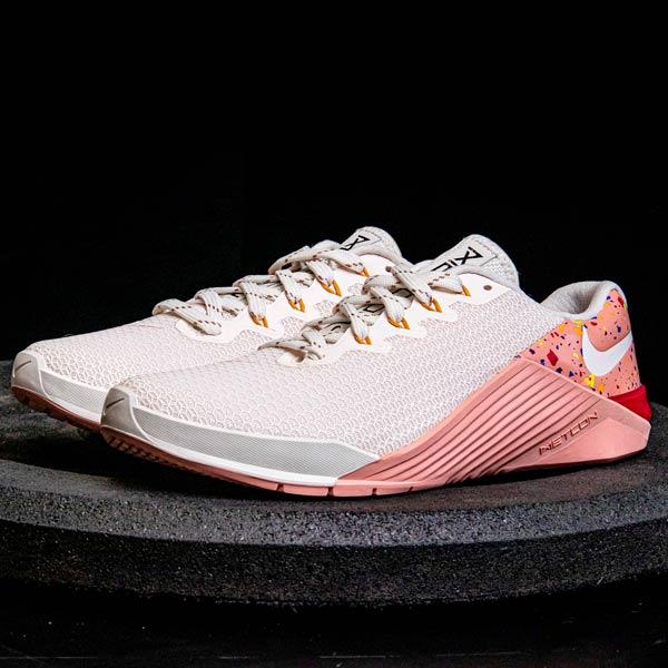 scarpe crossfit nike metcon 5 amp confetti edition
