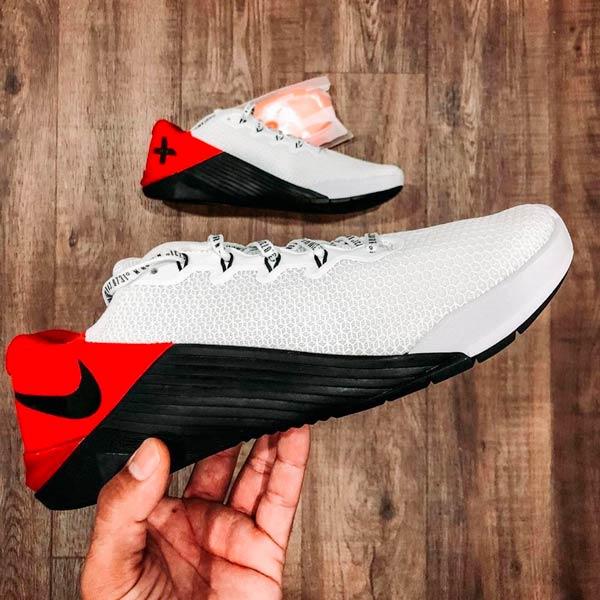 scarpe crossfit nike metcon 5 banned