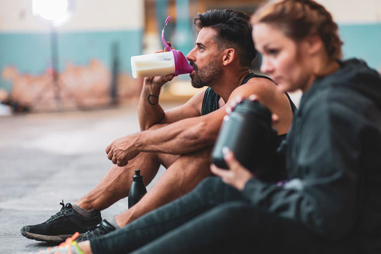 quando prendere le proteine pre workout