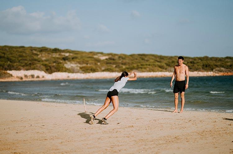 esercizi e wod in spiaggia da fare questa estate